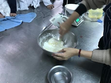 餐旅系糖霜餅乾課程研習